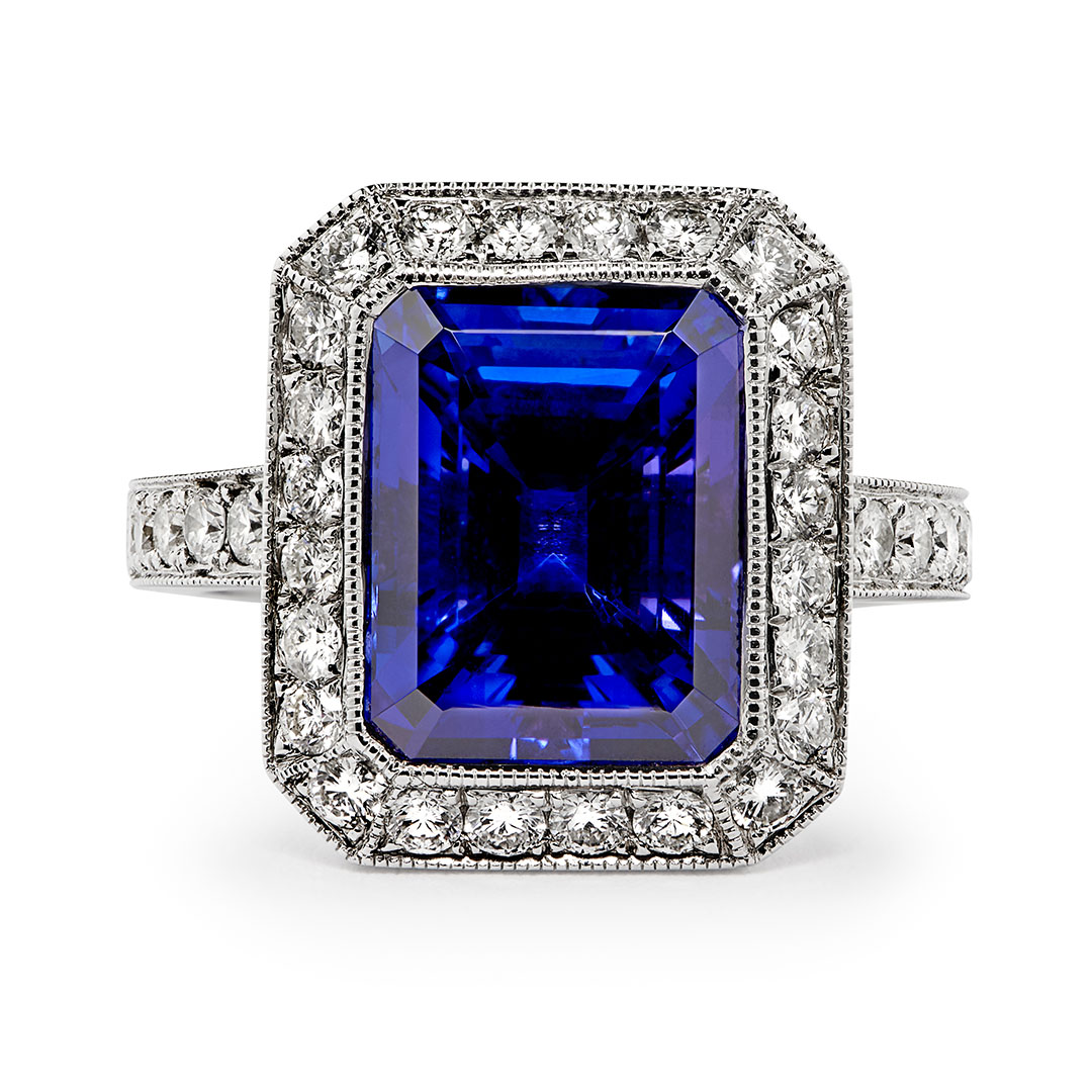 Pre-owned 8.98ct Tanzanite and Diamond Ring