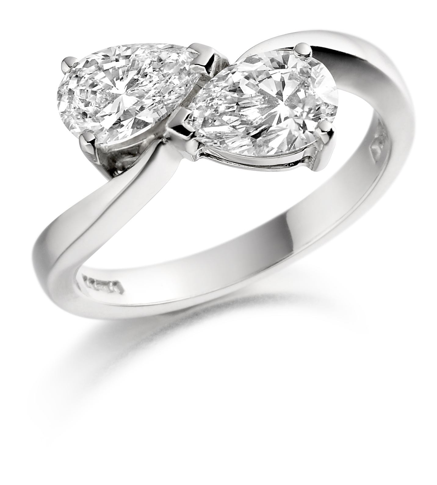 1.02ct 18ct White Gold Pear Shape Diamond Ring